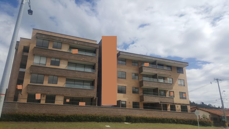 Apartamento en unidad cerrada en El Retiro