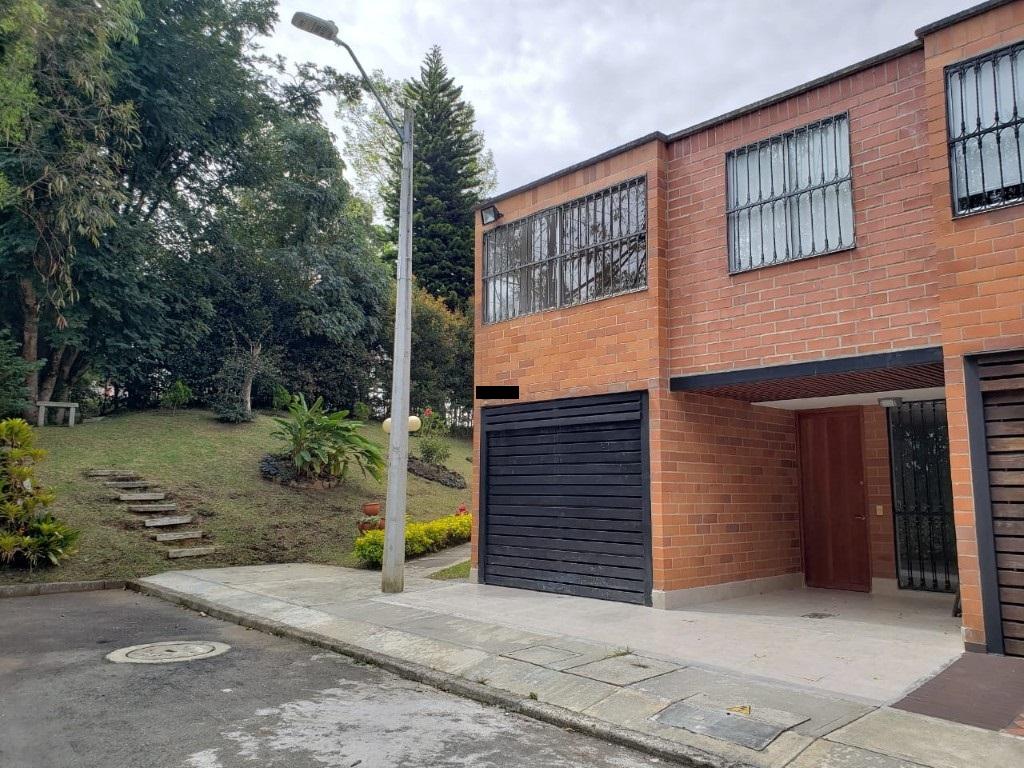Casa en Rionegro – San Antonio de Pereira